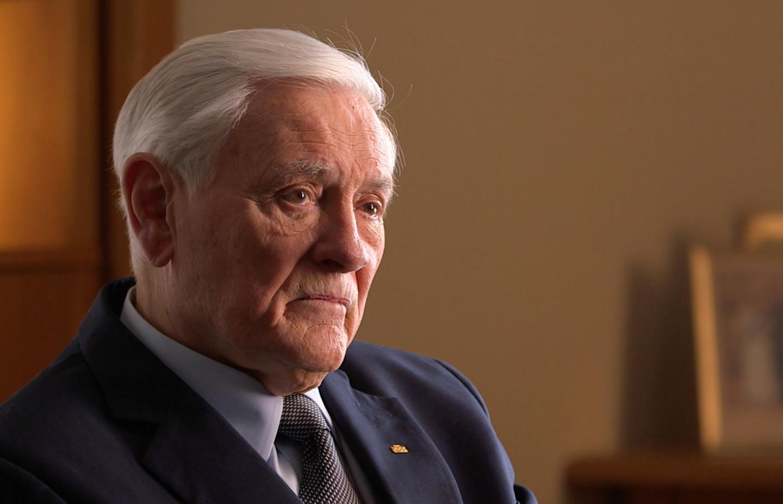 Valdus Adamkus, interviewee on John Paul II: Liberating a Continent, the Fall of Communism.